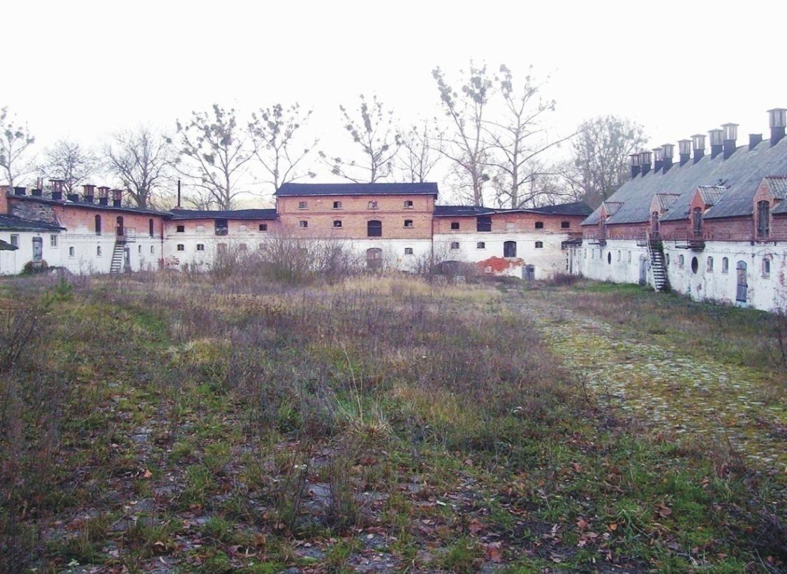 0.dziedziniec przed remontem